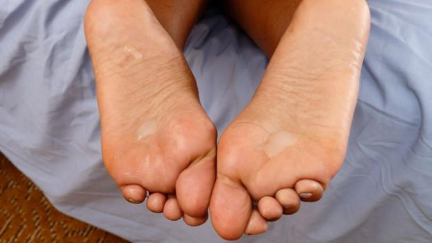 Footfetishdaily.com- Jezabel Vessir Cum Toes
