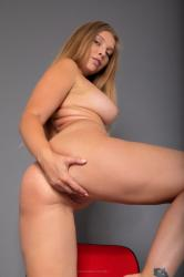 nastasya_curvyjoy_erotic-art-photography_0007_high.jpg