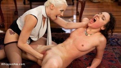 Kink.com- Lesbian Professor Seduces and Dominates Hot Co-Ed!