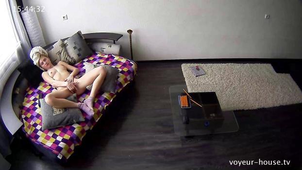 Voyeur-house.tv- Anna bating to porn on TV