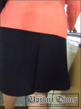 Upskirt-times.com- Ut_0104# Fat fem in a black skirt. Crept under it I saw big spotty ass in black...