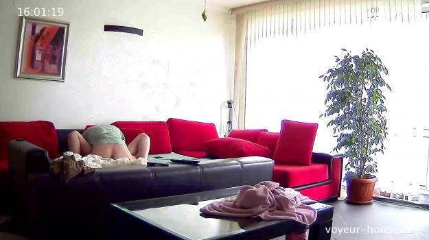 Voyeur-house.tv- Egor and Nata quick sofa quickie