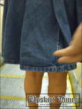 Upskirt-times.com- Ut_0120# A XXL size girl in a short denim skirt! Under the skirt I found an enormous...