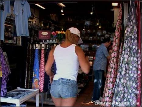 Clubseventeen.com- Dika shows off her tits in public