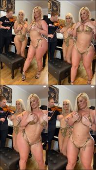 Danii Banks  nackt