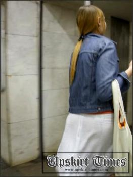 Upskirt-times.com- Ut_0541# Splendid tall whore in white skirt! Of course_I went to chase her. On...