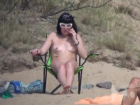 Hidden-Zone.com- Nu2127# Nudists bathe_play_sunbathe. All this they make naked. An ideal place to shoot a voyeur vi