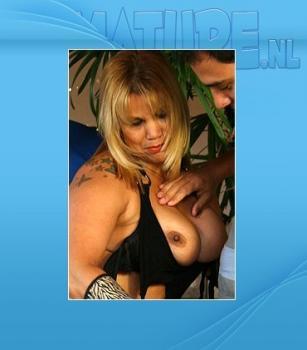 Mature.nl- Suzy (44) - Mama just needs a double penetration