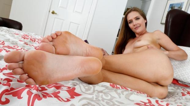 Footfetishdaily.com- Star Nine Masturbation