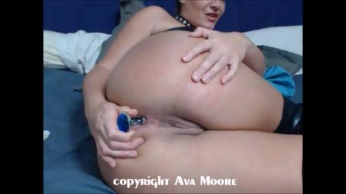 Avamoore – My First Anal Video – M@nyv1dz