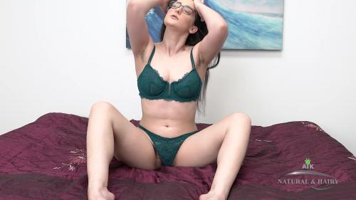 ATKHairy 20 08 03 Lyra Lockhart Masturbation XXX 1080p MP4-KTR