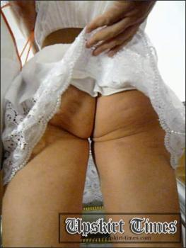 Upskirt-times.com- Ut_1187# I_ve found an upskirt pussy target_a blonde in a white dress! Her ass has...