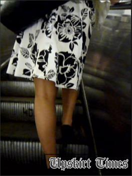 Upskirt-times.com- Ut_1209# Here comes cute girl in a short white skirt! Great long legs take my...