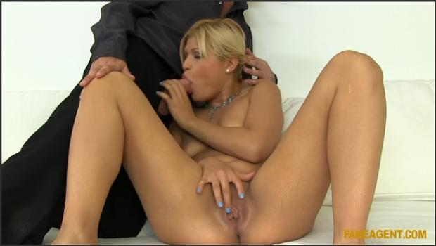 Fakehub.com- Super Sexy Blonde Loves To Make Money And Have Sex