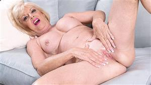pornmegaload-20-08-05-scarlet-andrews-easy-access-to-grannys-pussy.jpg