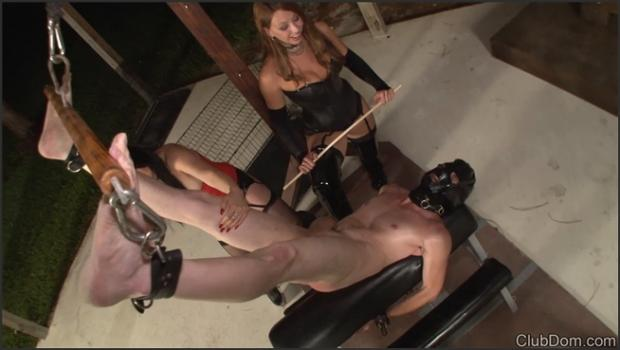 Clubdom.com- The Brutal Caning Of Slave 466