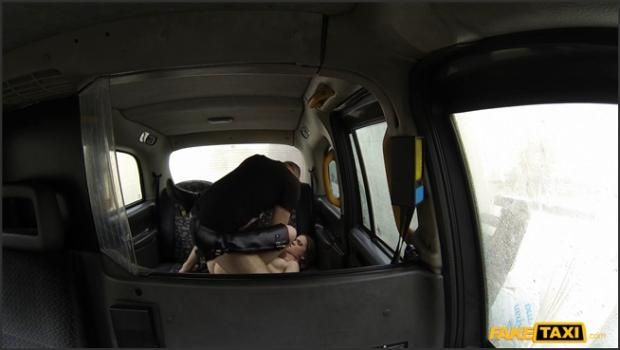 Fakehub.com- Nerdy Australian Jumps On Cabbie_s Cock For A Free Ride