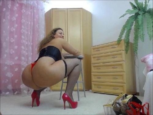 BigBootyMilf – Squatting Riding And Anal Gape – Manyvids