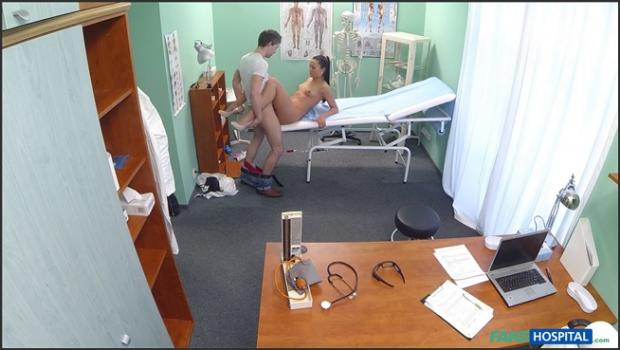 Fakehub.com- Nurse fucks patient to get a sperm sample