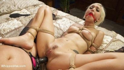 Kink.com- MILF Angel Investor: Young entrepreneur submits to kinky lesbian sex!