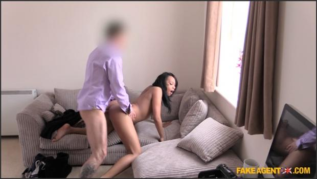 Fakehub.com- Casting Couch Facial for Ebony Babe