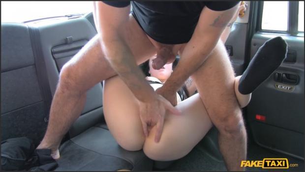 Fakehub.com- Second taxi fucking for petite brit