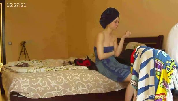 Voyeur-house.tv- Amy dressing