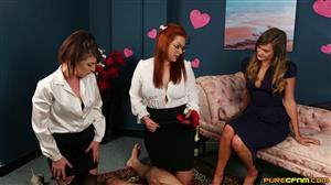 purecfnm-20-08-14-honour-may-mandy-foxxx-and-roxy-roxanne-valentines-surprise.jpg