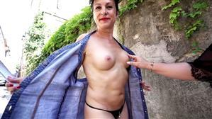 jacquieetmicheltv-20-08-14-carole-45-years-old-french.jpg