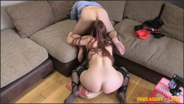 Fakehub.com- Couch sex session for amsterdam stripper