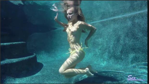 Sexunderwater.com- Kaylee Jewel UW Model Training pt.1