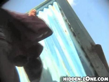 Hidden-Zone.com- Bc239 Hidden camera in the beach cabin